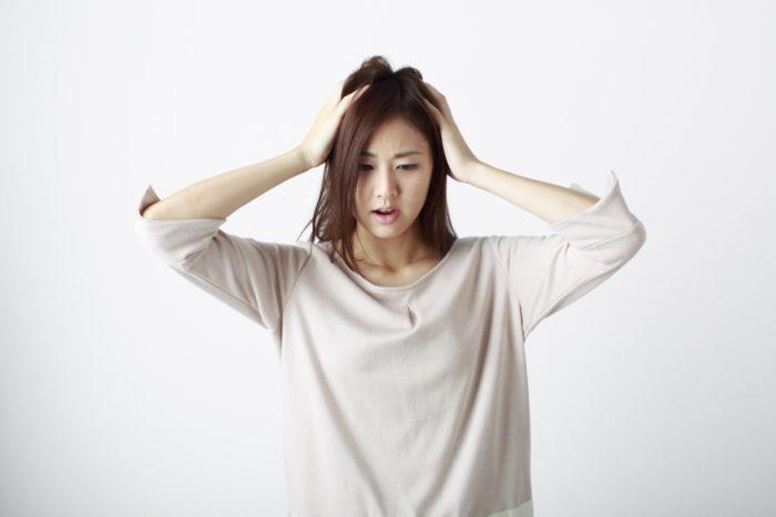 様々な薄毛の原因に悩む女性
